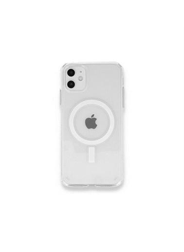 Apple iPhone 11  için MagSafe özellikli Şeffaf Kılıf Renksiz